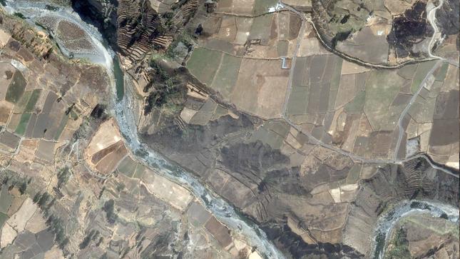 PerúSAT-1 capta deslizamiento de tierra en Caylloma, Arequipa