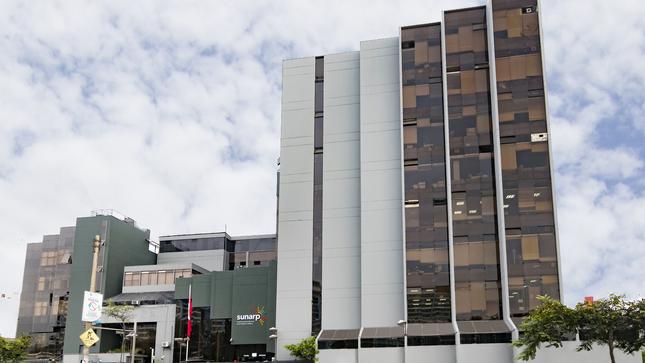 Oficinas de la Sunarp en Lima amplían atención al público para solicitudes de Búsqueda Catastral y Certificado Registral Inmobiliario (CRI)