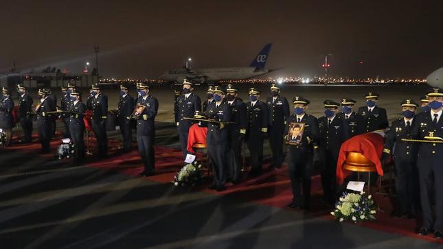 Con honores fueron recibidos los miembros de la Fuerza Aérea fallecidos en accidente en Amazonas